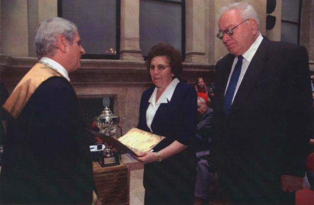 """<a href=""""/node/17"""">Corvinus Egyetem Kitüntetés Átadó Szenátusi Ülés 2006. szeptember 27.</a>"""