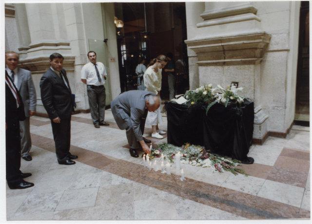 """<a href=""""/node/8"""">Göncz Árpád köztársasági elnök a Sádt Győző emlékhelynél 1992</a>"""